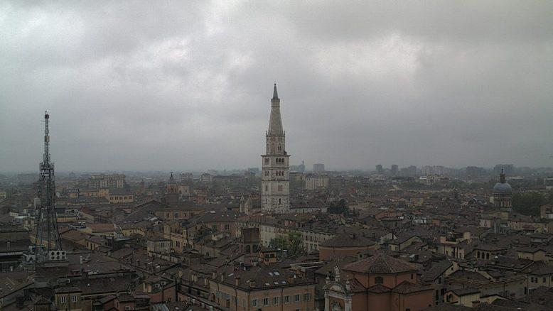 Modena - Vista sulla Ghirlandina