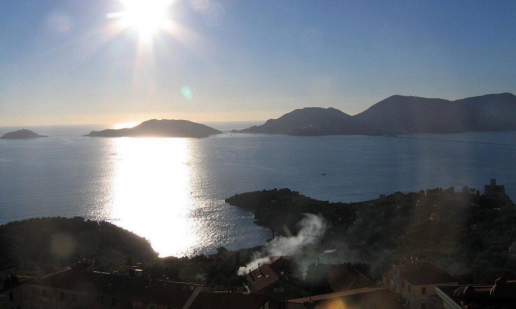 Lerici - Vista sul Golfo dei Poeti e sul Golfo della Spezia